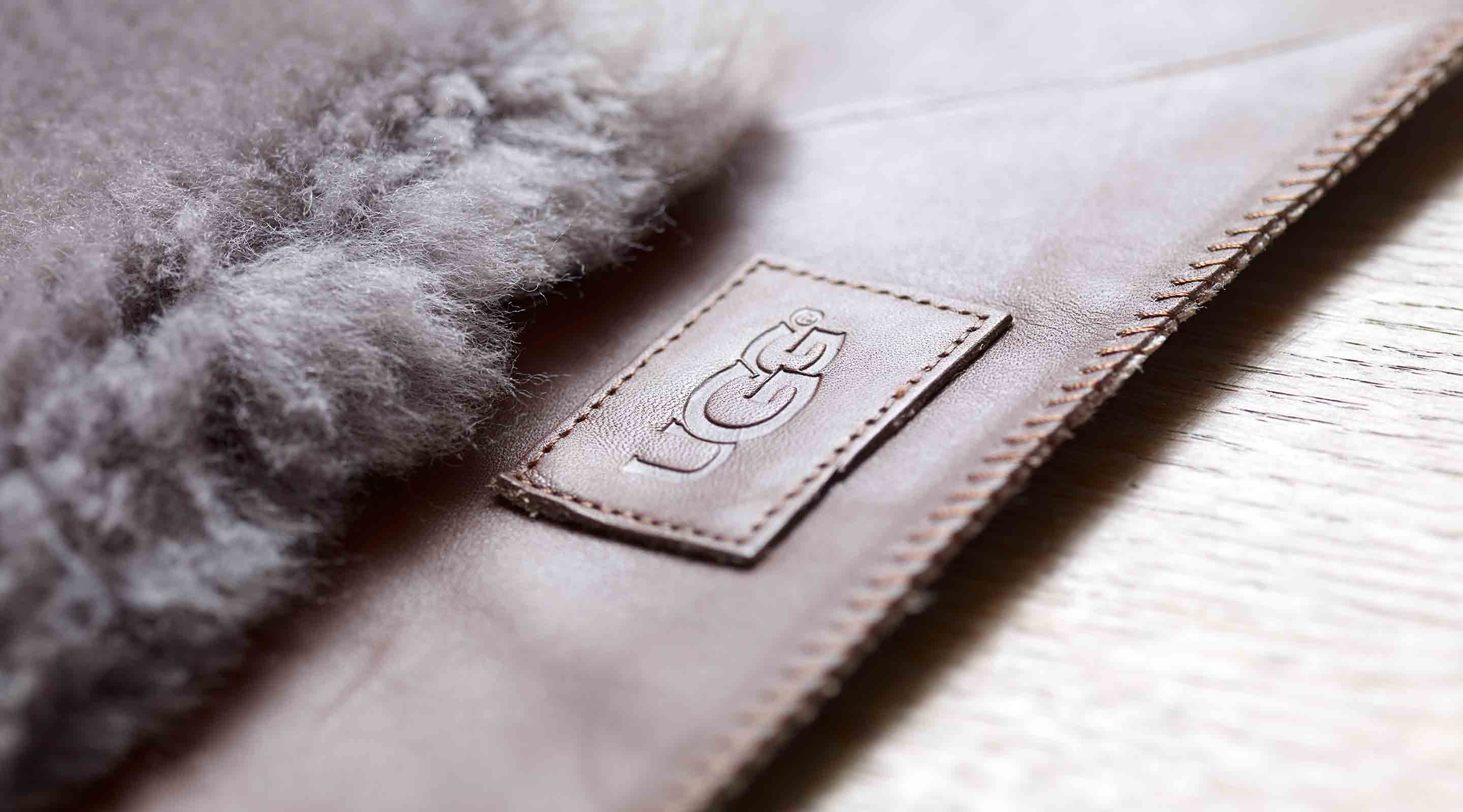 Delivering a plush sensory experience with every wear, UGGpure™ is luxurious, natural wool woven into a durable backing that enhances the overall product experience.