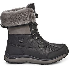 Image of UGG BLACK ADIRONDACK BOOT III