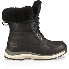 Image of UGG BLACK ADIRONDACK BOOT III QUILT