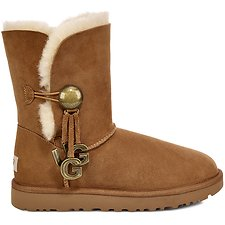 Image of UGG CHESTNUT BAILEY BUTTON UGG CHARM