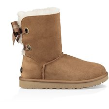 Image of UGG CHESTNUT CUSTOMIZABLE BAILEY BOW SHORT
